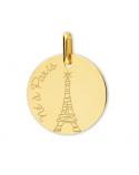 Né(e) à Paris
